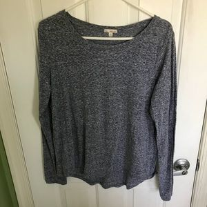 Gray/blue long sleeve top from the GAP. Size large